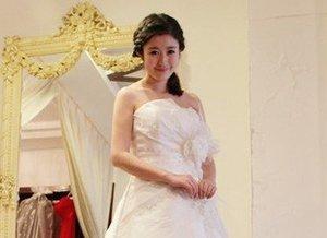 KANON婚纱礼服:小编真人秀靓照