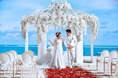 海外天路攻略打造浪漫婚礼草原到北京婚礼攻略图片