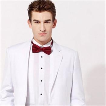 婚礼新郎如何挑选西装颜色