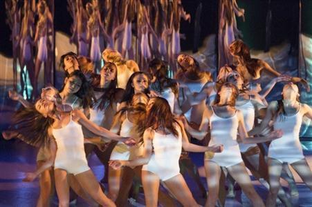 捷克现代芭蕾《黑与白》来沪