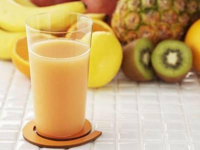 营养师建议宝宝一岁前应吃新鲜水果 不要喝果汁