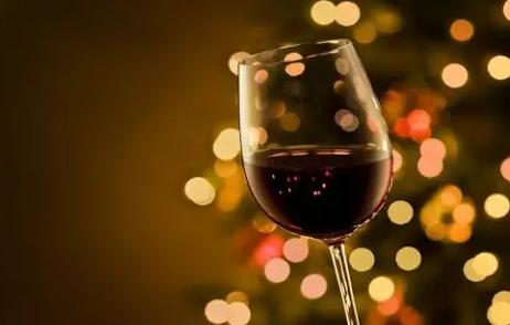 世界名贵葡萄酒的命名和变迁