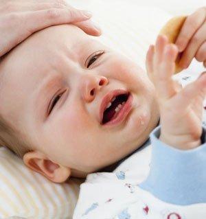 宝宝发烧为何呕吐?