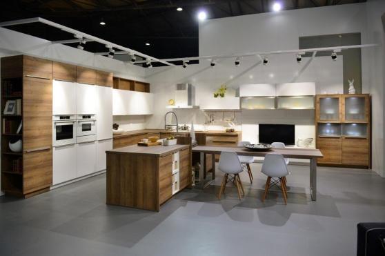 柏丽厨具耀目亮相第二十一届中国国际厨房卫浴展
