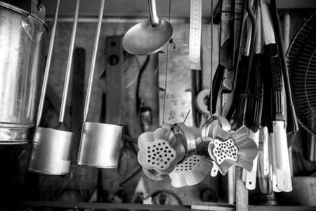 寻老镇上的铁匠,打只挖西瓜的小勺