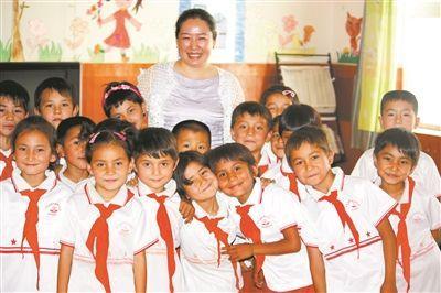 上海千人计划专家于小央 扎根新疆开发语言学习教程