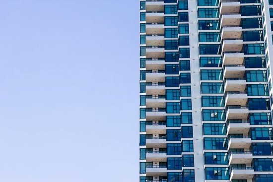 报告:房地产业上市公司法律风险位居第三