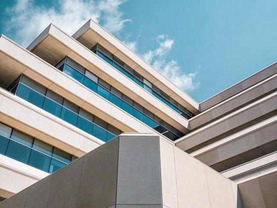 银行和房企势猛 租房业态或转向大机构角力