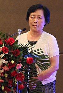 河北省住宅与房地产业协会会长张凤珠