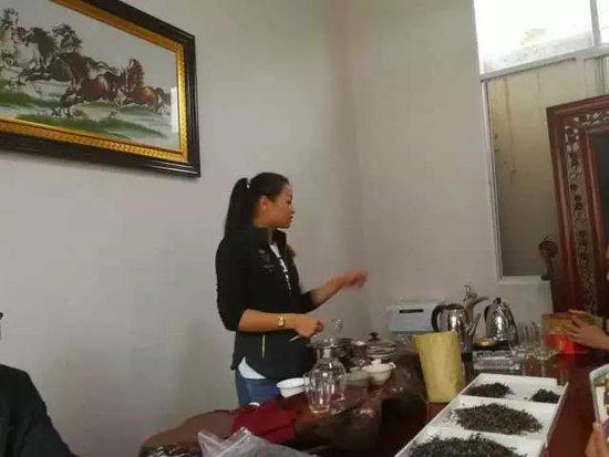云南纪行之四——徜徉在普洱茶的故乡