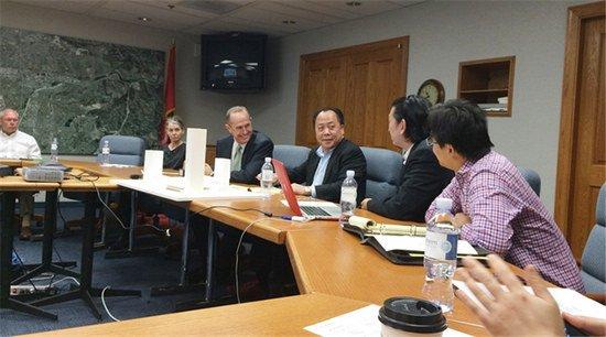 冠亚商业地产集团董事局主席会见美国加州市长