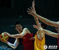 组图:男篮队内红黄对抗赛 孙悦出战联手大郅