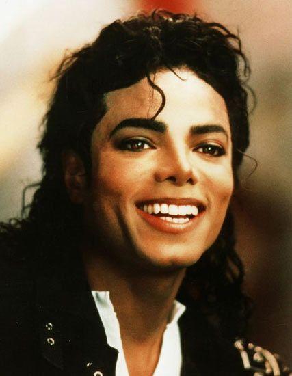 迈克尔杰克逊去世 93超级碗赛前开唱曾创纪录
