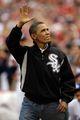 组图:奥巴马英气亮相 为MLB全明星赛开球