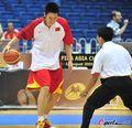 组图:中国vs黎巴嫩 男篮赛前热身训练