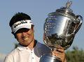 组图:PGA锦标赛梁容银决赛轮翻盘大比分夺冠