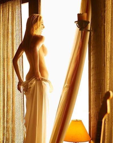 美国金发美女海蒂・蒙塔格勾魂性感写真