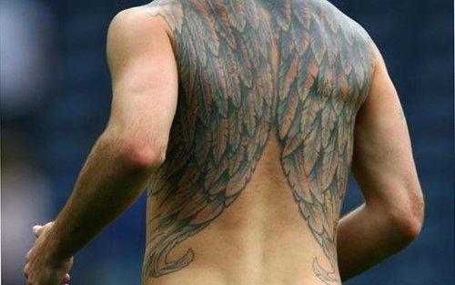 足坛10大纹身狂:小贝第一人 谁向指环王致敬