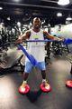 组图:NBA魔鬼训练营 脚踩风火轮练中国功夫
