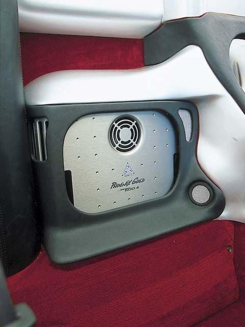 麦蒂的豪华跑车ferrari spyder 360内饰高清图片