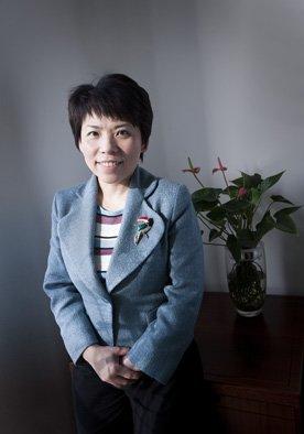 中国新闻周刊十年影响力体育人物 邓亚萍当选