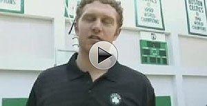 点击视频,深入了解《爱篮球》创刊