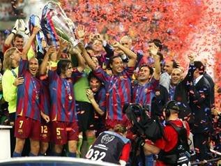 图说体坛十年:巴西第5次夺冠 巴萨成就6冠王
