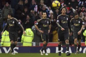 利物浦9演黑色10分钟 更衣室内讧1人公然挑衅
