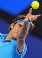 图文:澳网决赛费德勒PK穆雷 费牛发球威力大