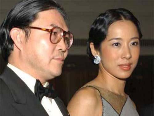 霍震霆与朱玲玲已经离婚
