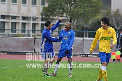 热身赛:申花3-2陕西 国安旧将两球陈涛建功