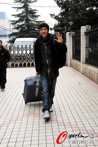 刘翔:跟腱只要不断就比下去 冠军的心并没丢