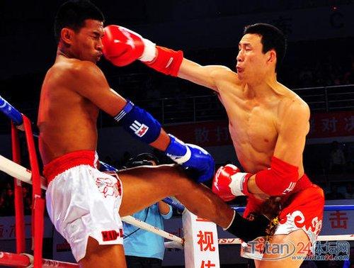 争霸泰拳输得服气 教练:中国功夫实力太强大