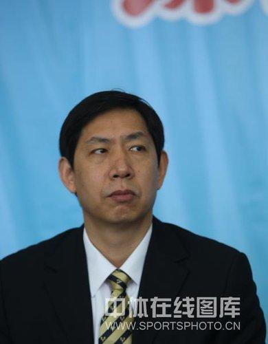 王宝泉正式接替蔡斌 成为新一任中国女排主帅