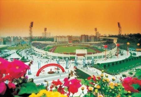 广州亚运会改造场馆之花都区体育中心体育场
