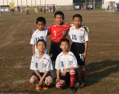 足球日记:经历成功与失败 我和足球一起成长
