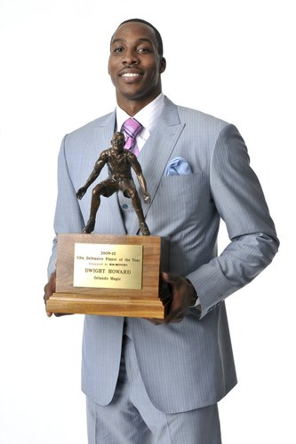 赛季最佳防守球员出炉 魔兽霍华德蝉联大奖