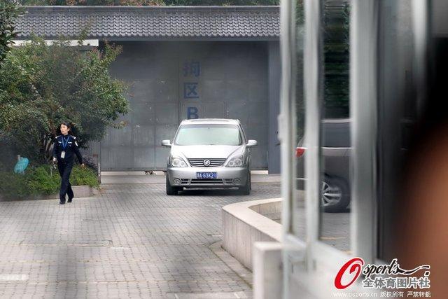孙杨被释将短暂休整 学院:继续加强教育引导