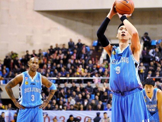 全场集锦:莫里斯32分11篮板 北京104-94山西截图
