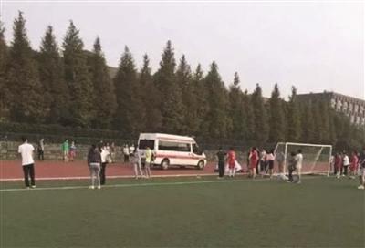 南京学生体测猝死
