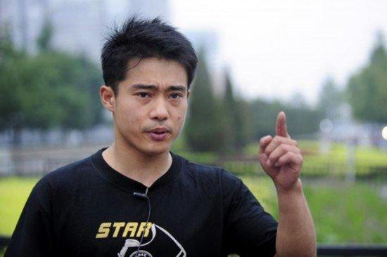 桑兰队友否认要求资助 张尚武导演募捐闹剧