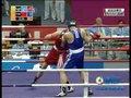视频:拳击91kg以上级 张志磊第一局落后