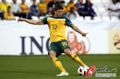 亚洲杯-澳大利亚4-0轻取印度 卡希尔梅开二度