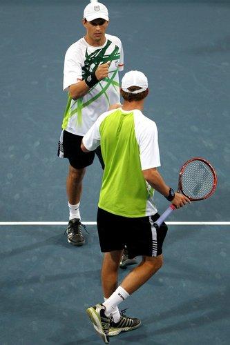 布莱恩兄弟晋级中网决赛 2号种子复仇未果