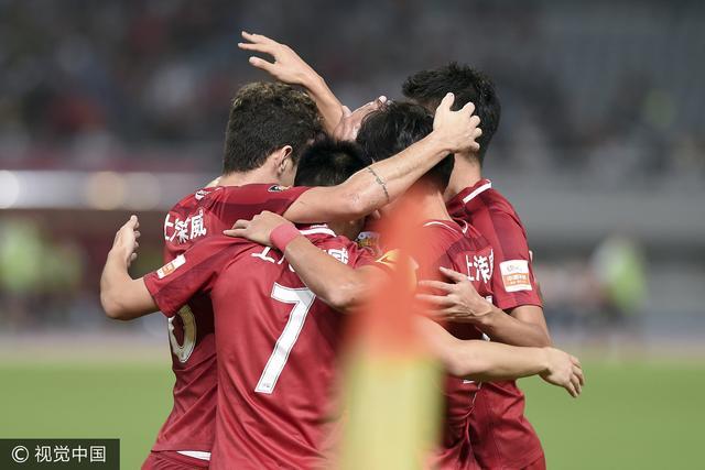 半场战报-上港2-0泰达 武磊传射于海赛季首球