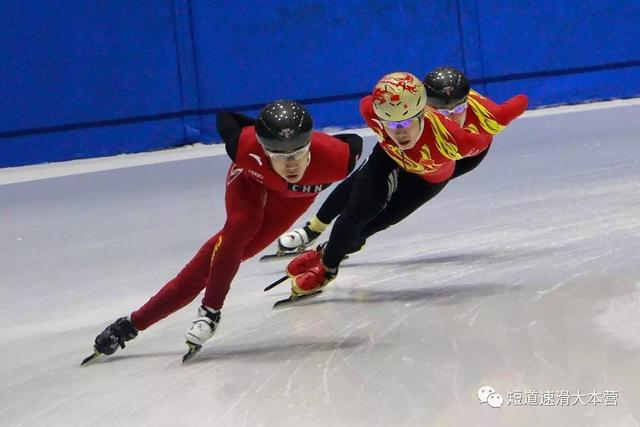 短道队回京训练 新赛季在即武大靖调整无碍
