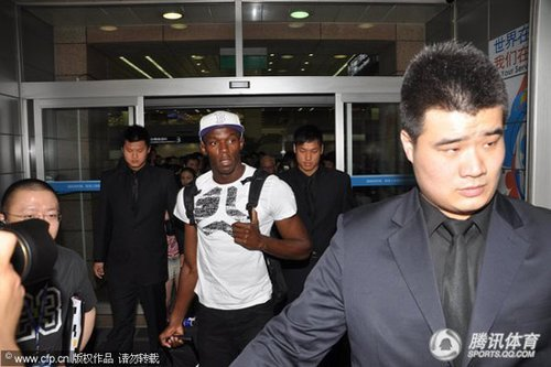 博尔特驾临上海 引发媒体、保镖对骂险起冲突