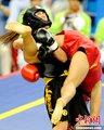 图文:鄂美蝶获散手比赛女子52公斤级冠军