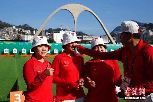 中国选手v选手女子无缘里约四强团体赛后泪洒冲浪的沙滩裤图片