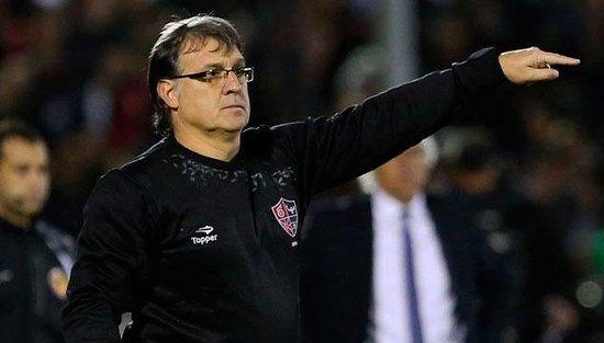马蒂诺成为巴萨新任主教练